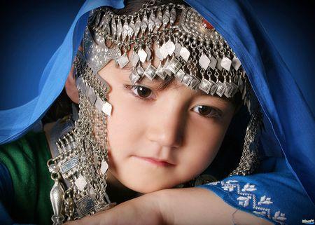 Hazara girl 2